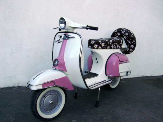 Present Time Vespa Rocker