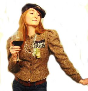 http://www.fushionmag.com/wp-content/uploads/2009/04/tumbler-and-tipsy-tweed-jacket-289x300.jpg