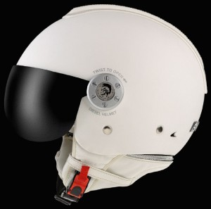 holiday-gifts-for-him-diesel-helmet