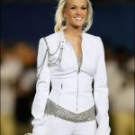 carrie-underwood-fashion-style-super-bowl-2010