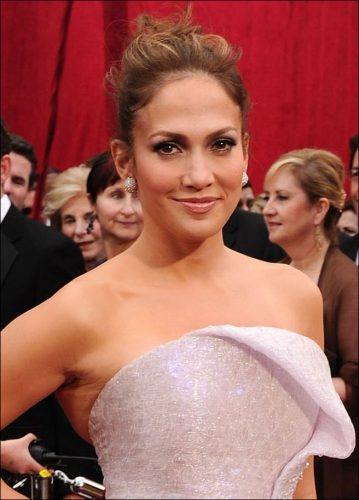 Black Hairstyles Magazine Online 2010-oscar-red-carpet-jennifer-lopez-hair-