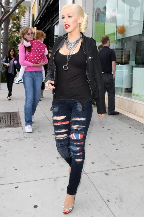 Christina Aguilera fashion style Rock & Republic tank