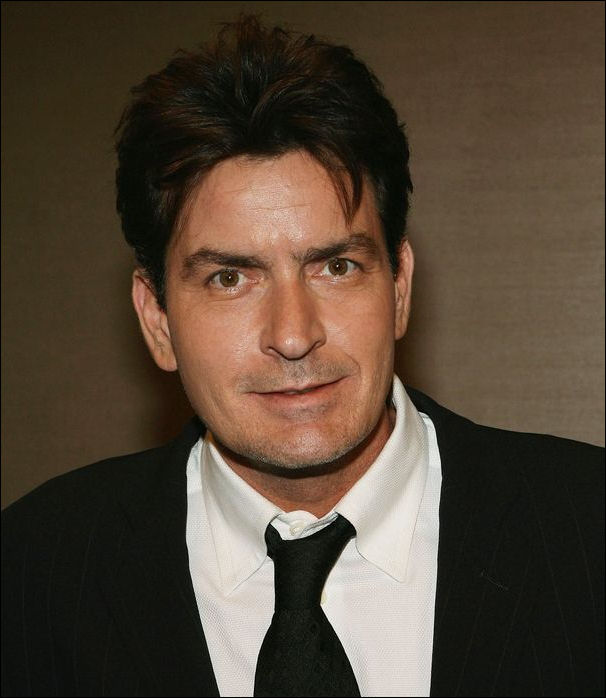 E true hollywood story charlie sheen