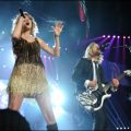 Taylor Swift with Switchfoot Jon Foreman