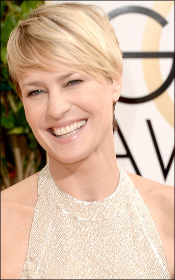 robin wright penn makeup golden globes red carpet 2014
