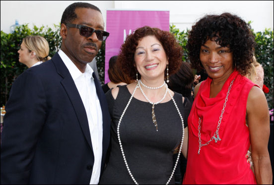 angela bassett courtney b. vance at oscar suite 2014 doris bergman