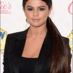 2014 teen choice awards selena gomez hairstyle