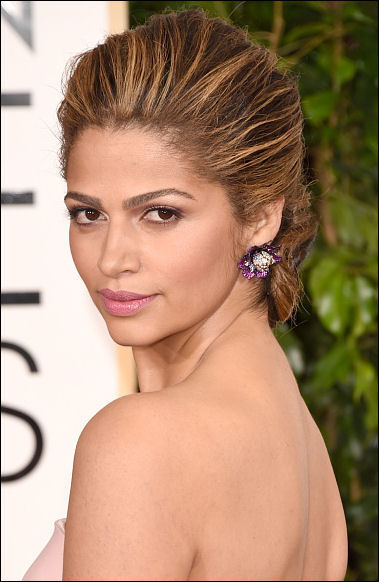 2015 golden globes hairstyles camila alves