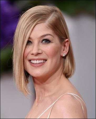 2015 golden globes hairstyles rosamund pike