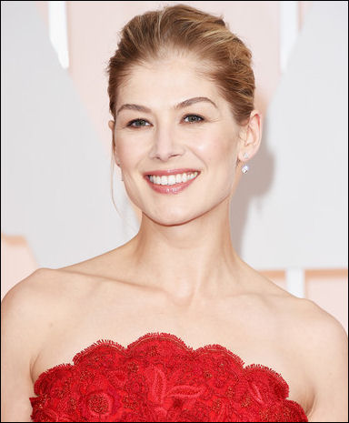 2015 oscar awards hair makeup rosamund pike