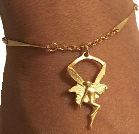 2016-holiday-gift-guide-women-angel-bracelet
