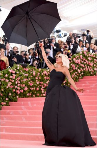 2019-MET-Gala-red-carpet-fashion-lady-gaga-2